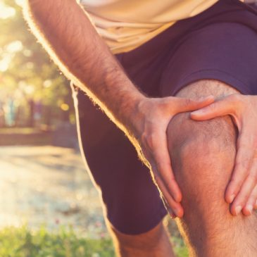 5 Ways to Avoid a Hip or Knee Injury