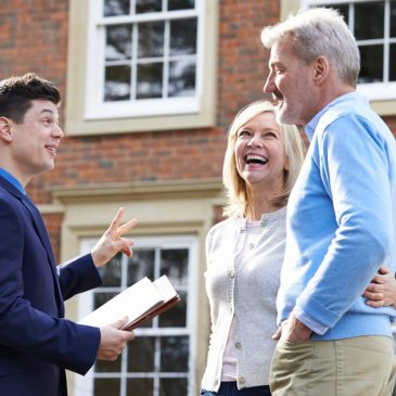 How to Choose the Right Agent to List Your Home
