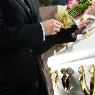 How to Plan a Meaningful Funeral